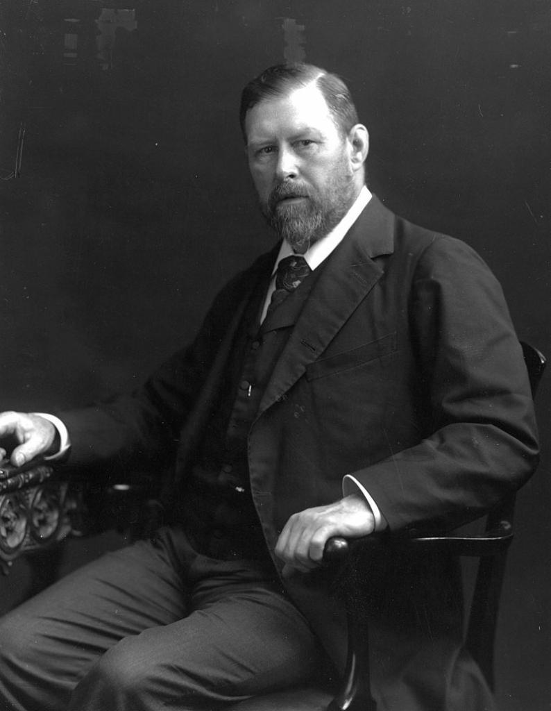 Portrait of Bram Stoker in 1906